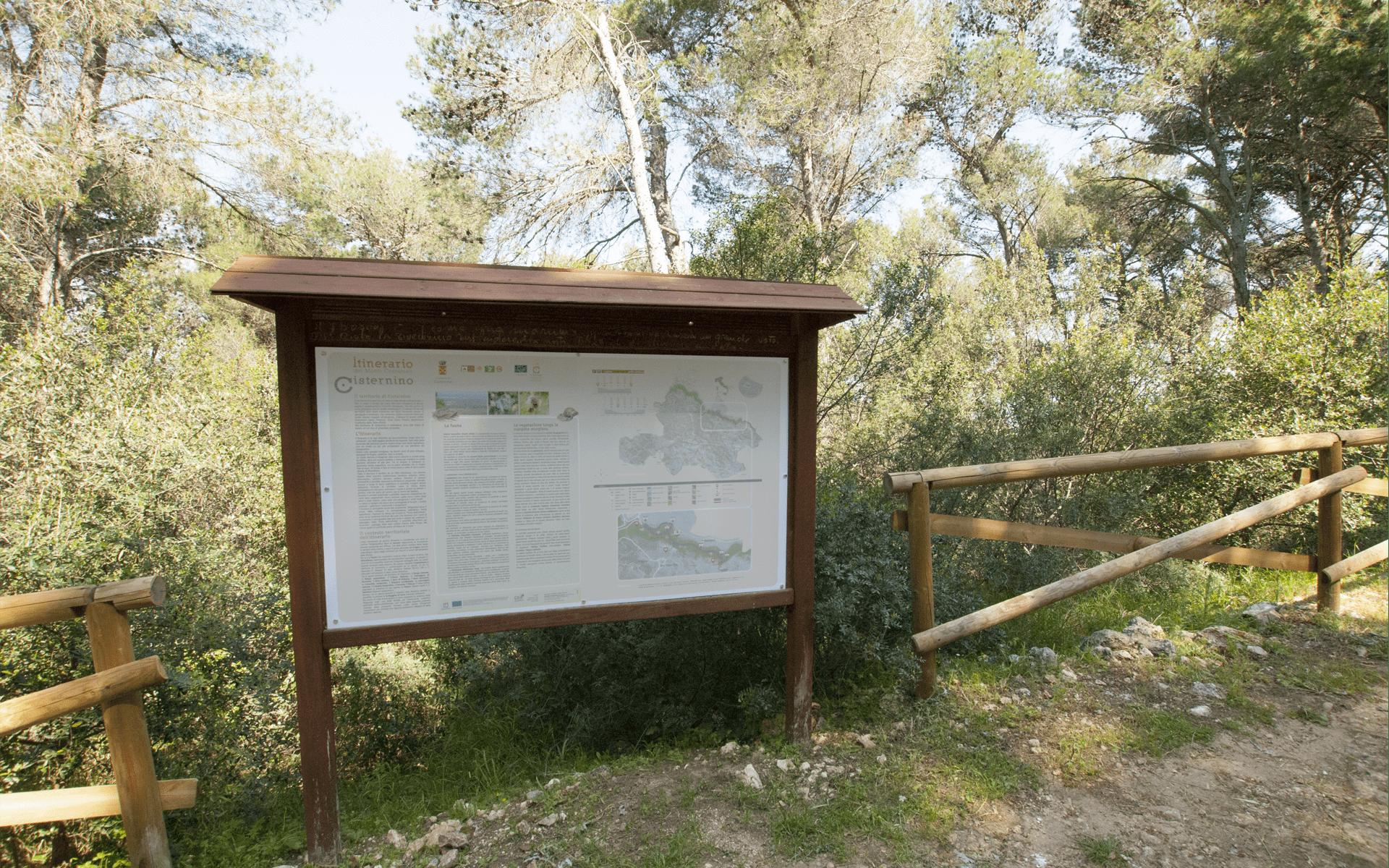 cisternino - pannelli - itinerari - monti comunali - Puglia - Pxcedizioni